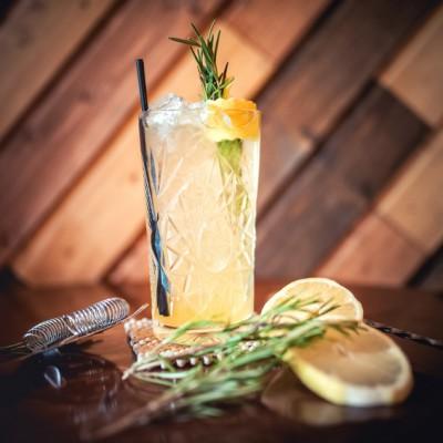 Der Cocktail Gin-Tonic