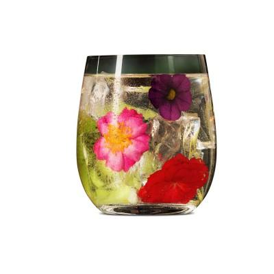 Cocktail mit Blumen