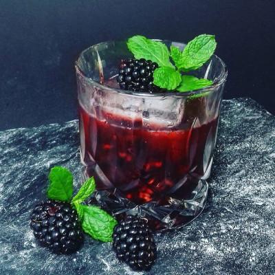 Der Cocktail The Black Rose