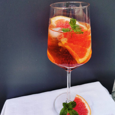 """Der Cocktail """"The Bloody Aperol"""""""