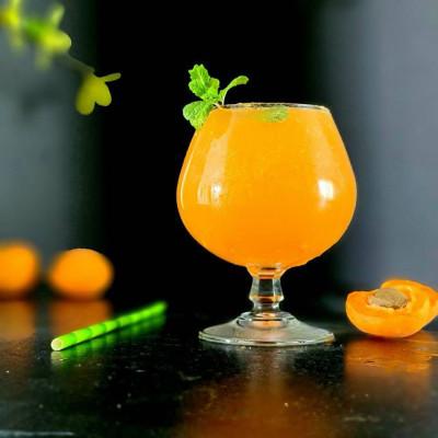 Der Cocktail Apricot Fizz