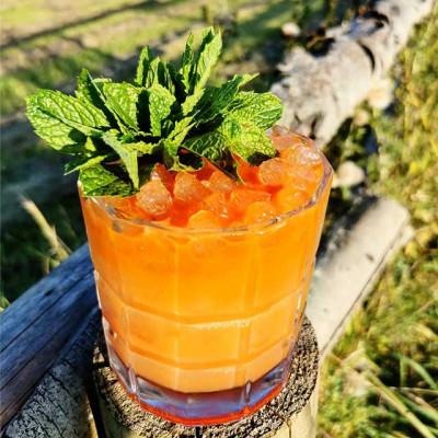 Der Cocktail Angostura Float